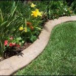 Clean Concrete Lawn Edging