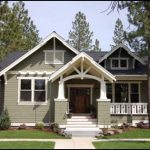 Elegant Craftsman Small House